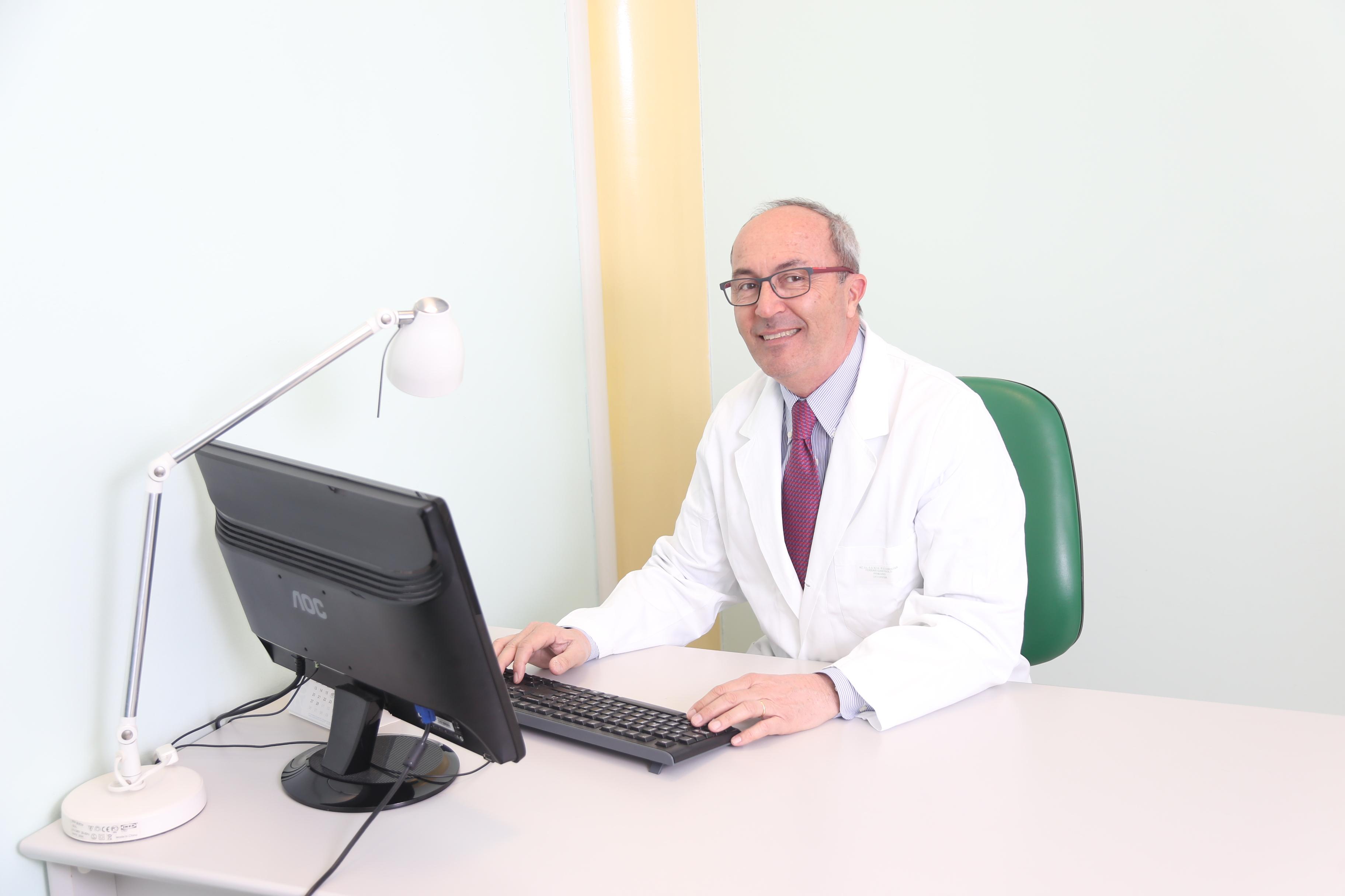 Il Primario di Ortopedia e Traumatologia visita presso Clodia Medica